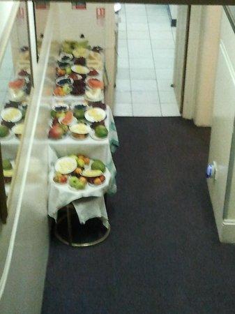 Saint Simeon: Petit déjeuner >> Desserte de fruits