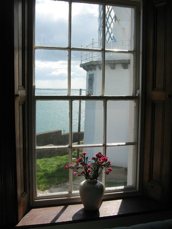 Blackhead Lightkeepers' Houses: Drawing room window