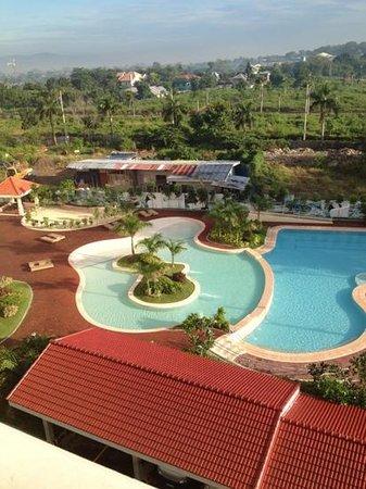 La Mirada: бассейн общий с соседним отелем