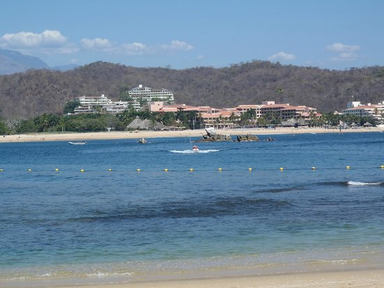 Las Brisas Huatulco: Looking across the bay at Crown Pacific, Barcelo, Dreams