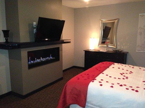Belamere Suites: Bed