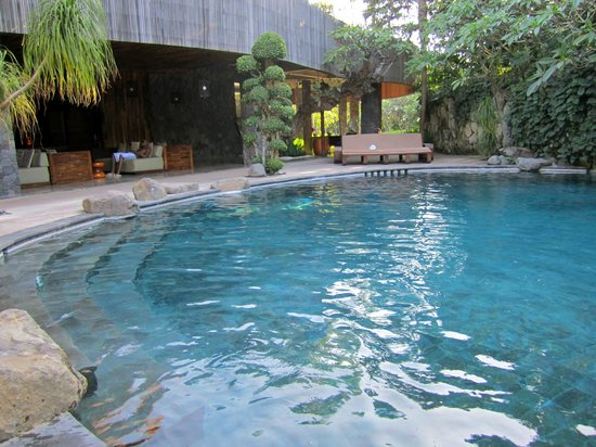 Peppers Seminyak: Tropical pool
