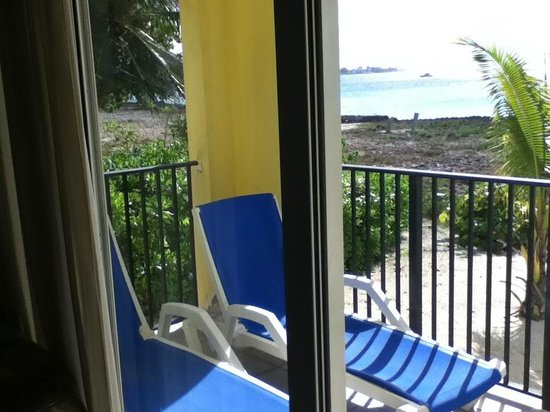 Harbour View Apartments and Studios: Ocean View Apartment with Private Balcony