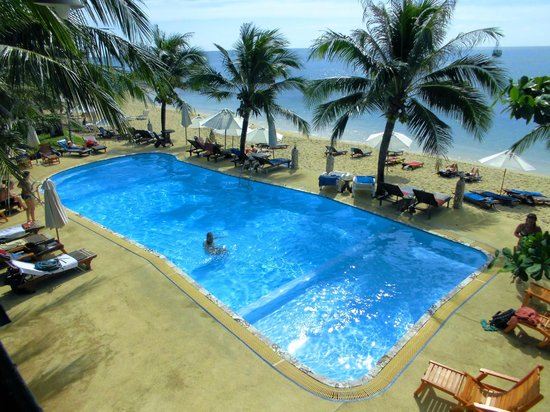 Lanta Palace Resort & Beach Club: Den njutningsfulla poolen...
