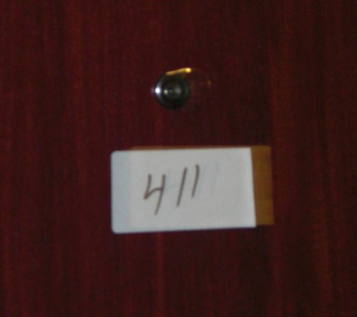 Holiday Inn Express Portland Downtown : Post It notes with room numbers