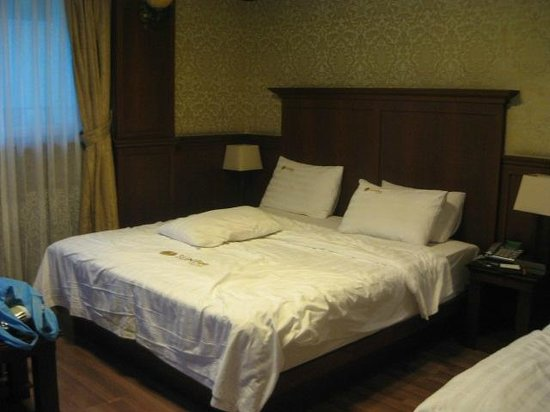 Hotel Sunbee: room