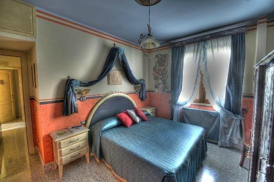 B&B Qui dormi l'Etrusco: Camera dei Giocolieri