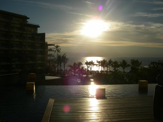Now Amber Puerto Vallarta: Sunset from the Lobby Bar