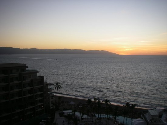 Now Amber Puerto Vallarta: Sunset from our room