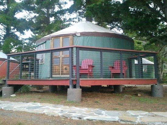 Treebones Resort: Yurt #6 - partial ocean view 
