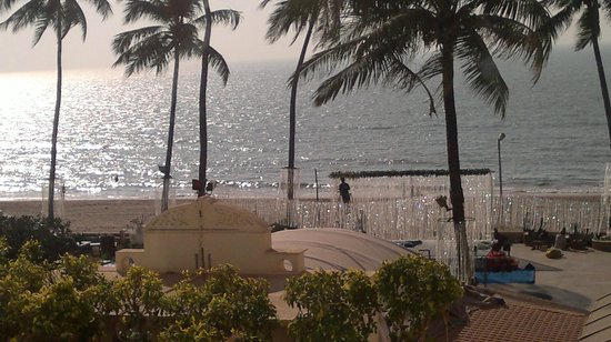 Sun-n-Sand Hotel, Mumbai: Evening party preparations on the sea side area. A party a day - may be one too many.