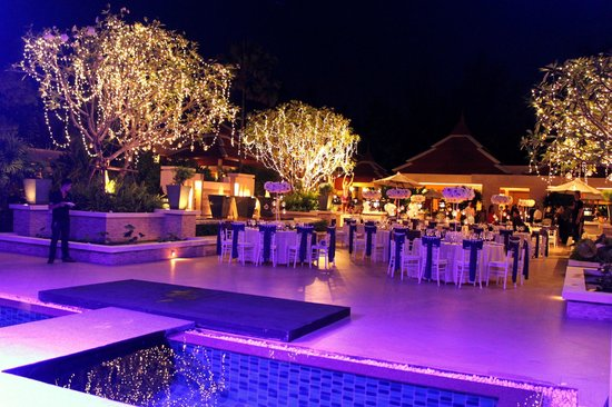 Bang Tao Beach, Thailand: Wedding Reception at the Courtyard