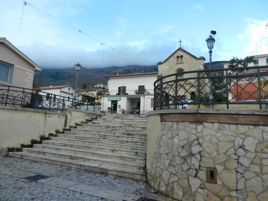 Italy Farm Stay : In the beautiful village of Pescosolido.