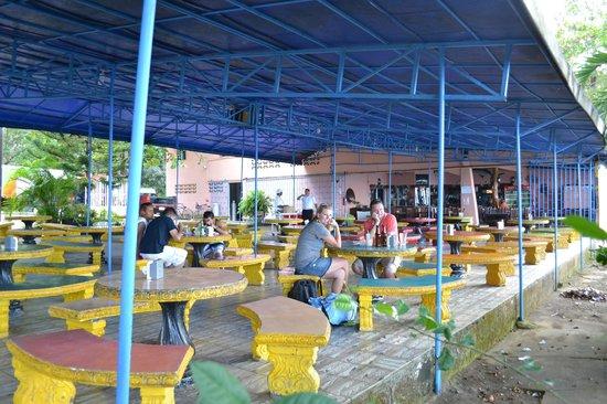 Fiesta del Mariscos: Restaurant overview with outdoor seating.