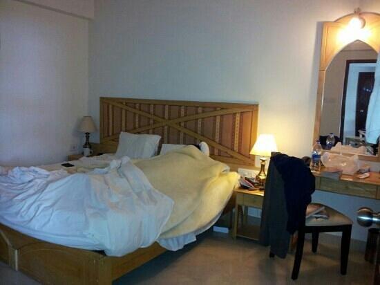 Lotus 8: bed room