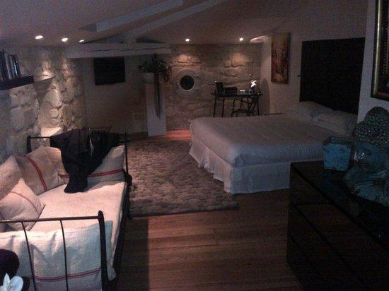 Apartment picture of une chambre chez dupont bordeaux for Chambre bordeaux
