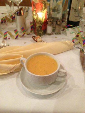 Hotel Alpenrose: 31-Dec-2012 Dinner - soup