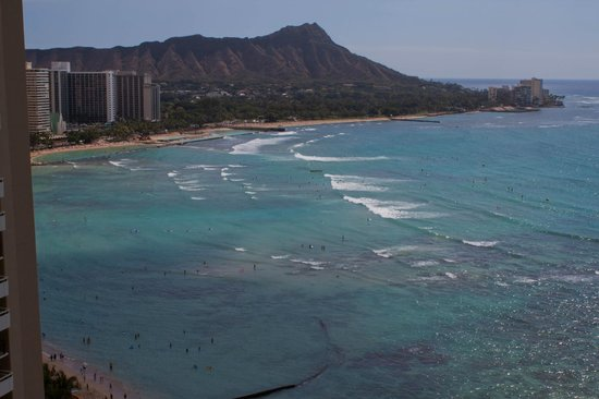 Sheraton Waikiki: ocean view from ocean front room