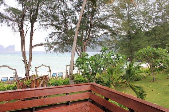 Paradise Pearl Bungalows: Vue terasse 