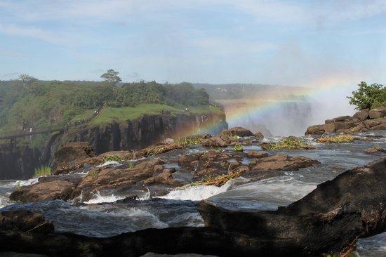 AVANI Victoria Falls Resort: Victoria Falls - 5 minutes walk through hotel grounds
