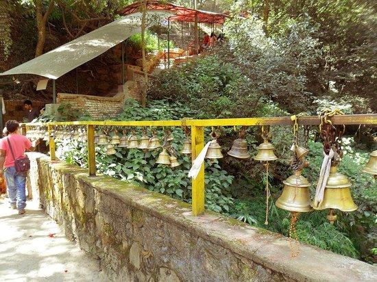 Świątynia Dakshinkali: way to Durga temple