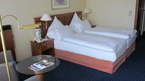 Dorint Parkhotel: zicht in de kamer