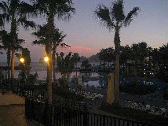 Hotel Riu Santa Fe: The resort at night. Building seven view