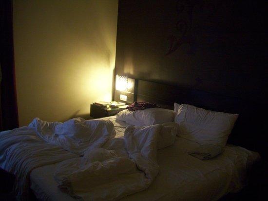 Hotel Regnum Residence: camera matrimoniale