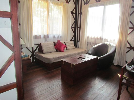 ViewPoint Lodge & Fine Cuisines: Sitting room