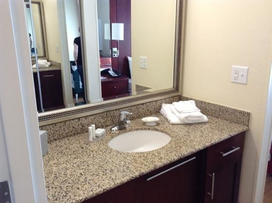 Residence Inn Port St. Lucie: Bathroom - Studio room
