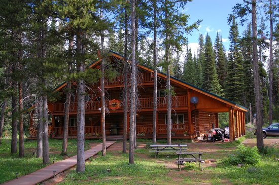Skyline Guest Ranch and Guide Service: Exterior