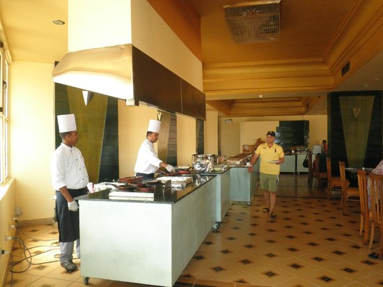 Hurghada SeaGull Beach Resort: Dining area