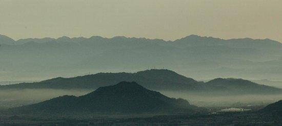 Enryakuji Kaikan: 朝の琵琶湖側からの雲海