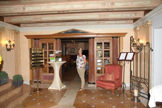 Golden Tulip Olymp Hotel: Lobby