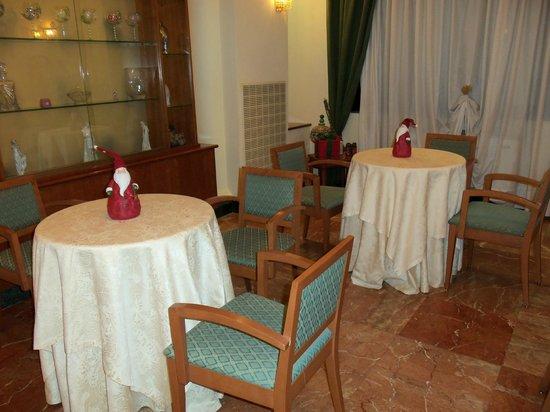 Hotel Dei Platani: Bar, sala thè