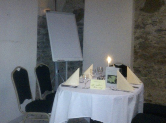 ENZIANA Schlosshotel Krumbach: Essen im Seminarraum