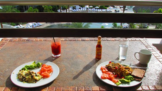 Cabo Azul Resort: Breakfast