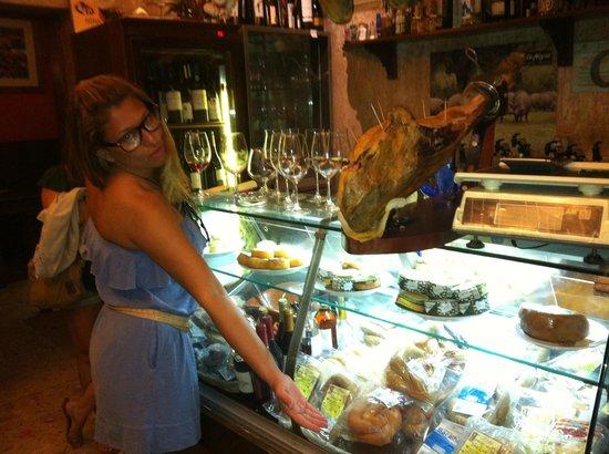 Alfaia Garrafeira: dá vontade de comer tudo que tem lá com um bom vinho