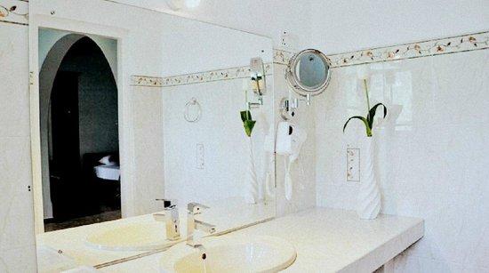 Swetha Villa : Bathroom