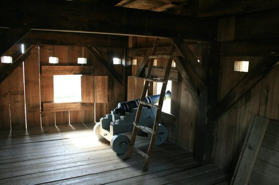 Fort King George Historic Site: Interior of blockhouse
