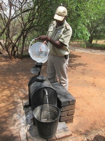 Mosetlha Bush Camp & Eco Lodge: 'Donkey Boiler' for hot water