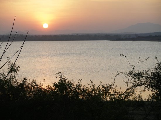 Orange County Resorts Kabini: another sunset