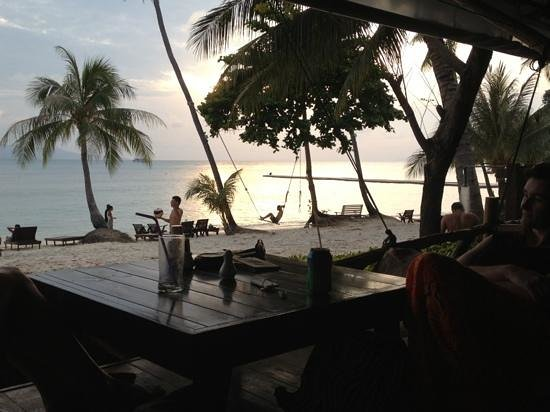 Cocohut Village Beach Resort & Spa: chilled on the deck