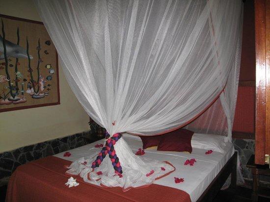Madiro hotel: Intérieur chambre à l' arrivée à l'hôtel