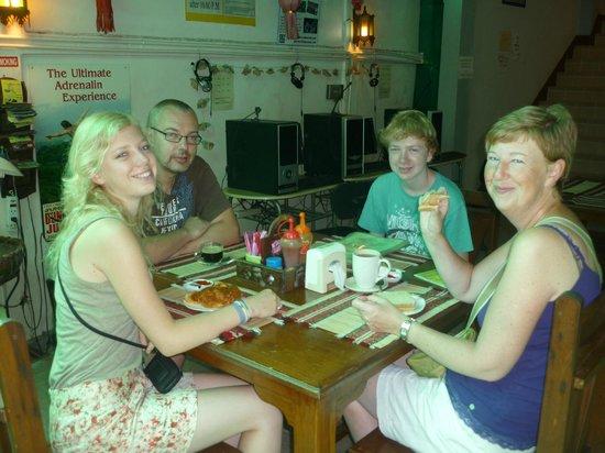 Junior Guest House: Having breakfast (delicious croissants!)