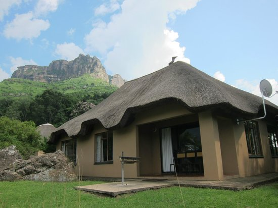 Thendele Hutted camp: 2 Bedroom chalet