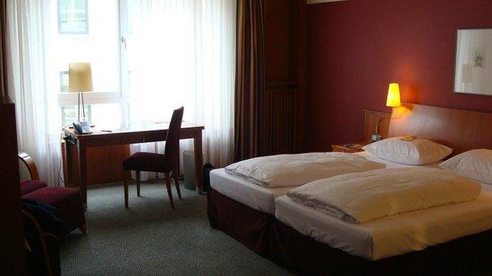 Steigenberger Hotel Sonne: ROOM