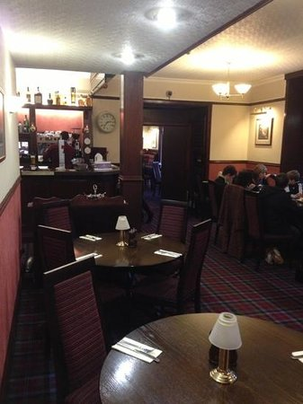 Pinehurst Lodge Hotel: The bar and access to the lodge