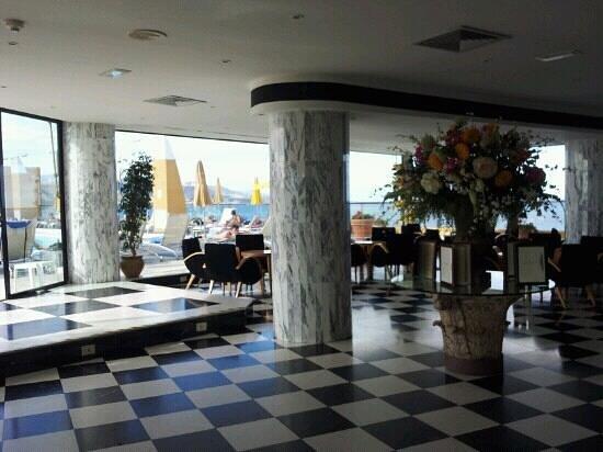레이나 이자벨 호텔 사진