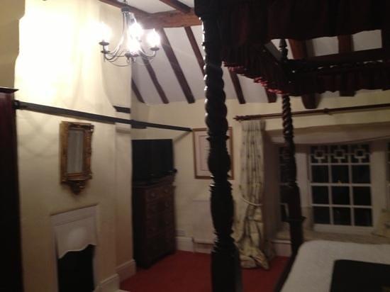 The Angel Inn: room 3
